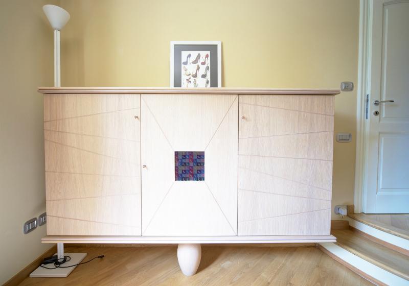 Mobili contenitori e porta tv studio di architettura for Mobili contenitori ufficio